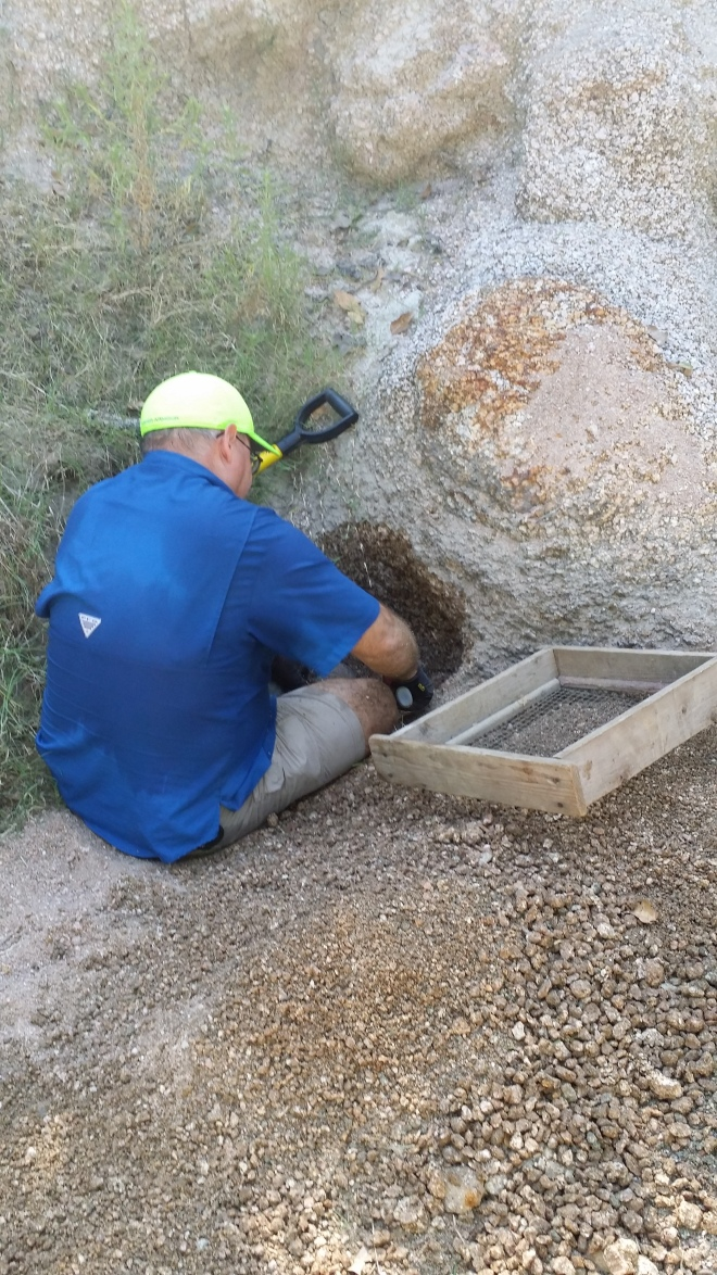 Omar Topaz Digging